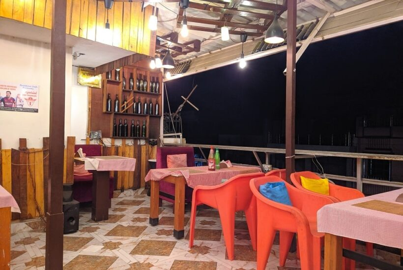 Bambino Café Agra – Dinner at a cozy rooftop restaurant